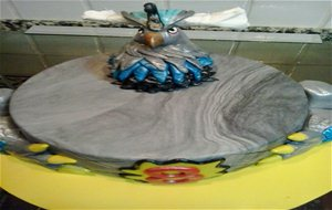 Tarta Dark Gryphon De Los Invizimals
