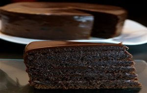 Devil's Food Cake Torta De Chocolate Con Brigadeiro