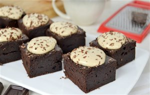 Brownies De Chocolate Y Café