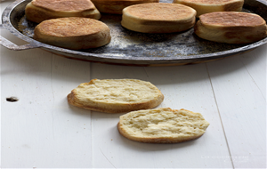 English Muffins #breadbakers